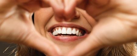 توصیههای عمومی برای پیشگیری از پوسیدگی دندان و بیماری لثه شامل چه مواردی است؟