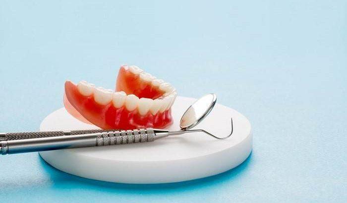 تماس با دندانپزشک