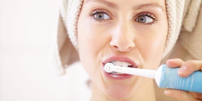 دستورالعملها و توصیههای بهداشت دهان و دندان برای درمان عفونت لثه