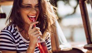 نوشیدنی هایی که برای سلامت دندان مضر هستند