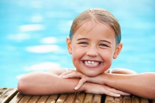 کلر چگونه بر دندانهای شما اثر میگذارد؟